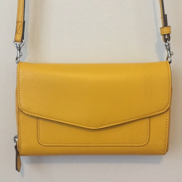 98e283608 Vera Bradley Yellow / Maize Ultimate Crossbody Bag.  M_5b226d0a9539f7b9a827355f